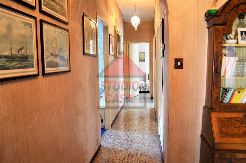 Appartamento in Vendita a Rapallo