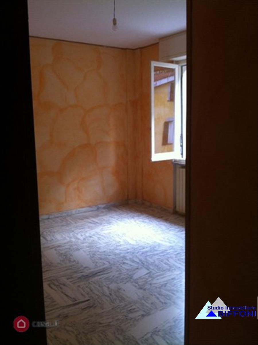 Appartamento in vendita a Ne, 4 locali, prezzo € 145.000 | Cambio Casa.it