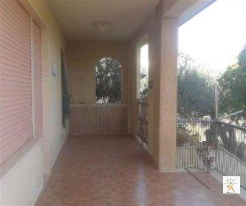 Villa in vendita a Erice, 5 locali, prezzo € 170.000 | Cambio Casa.it