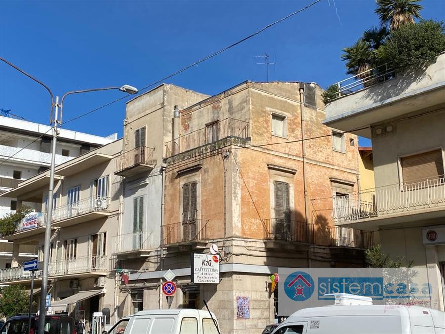 Casa indipendente Viale Vittorio Veneto Corato