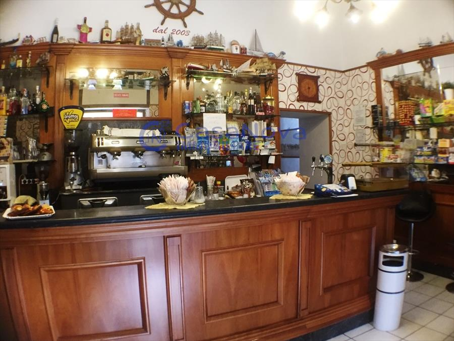 Attività / Licenza in vendita a Bisceglie, 2 locali, Trattative riservate | CambioCasa.it