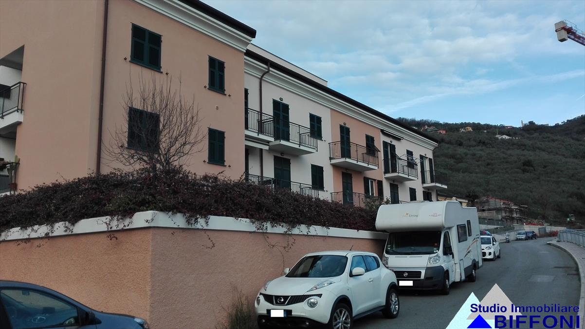 Appartamento in vendita a Chiavari, 6 locali, prezzo € 335.000 | PortaleAgenzieImmobiliari.it