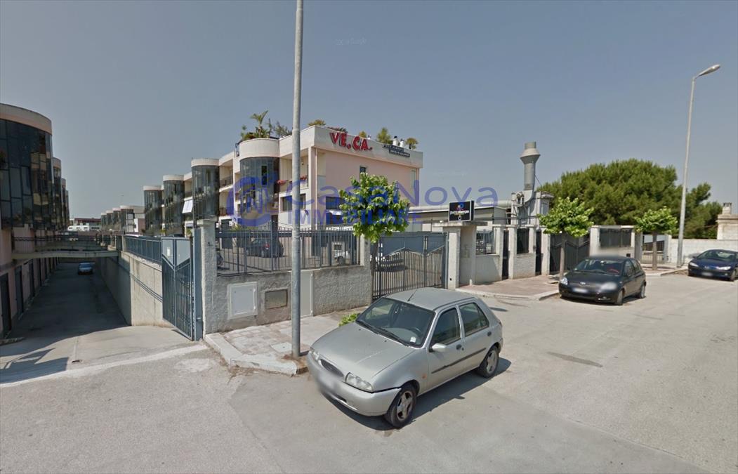 Laboratorio in vendita a Bisceglie, 1 locali, prezzo € 85.000 | Cambio Casa.it