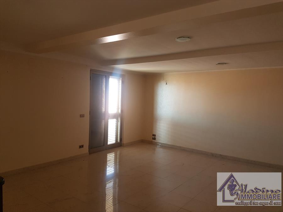 Vendesi Appartamento a Reggio Calabria