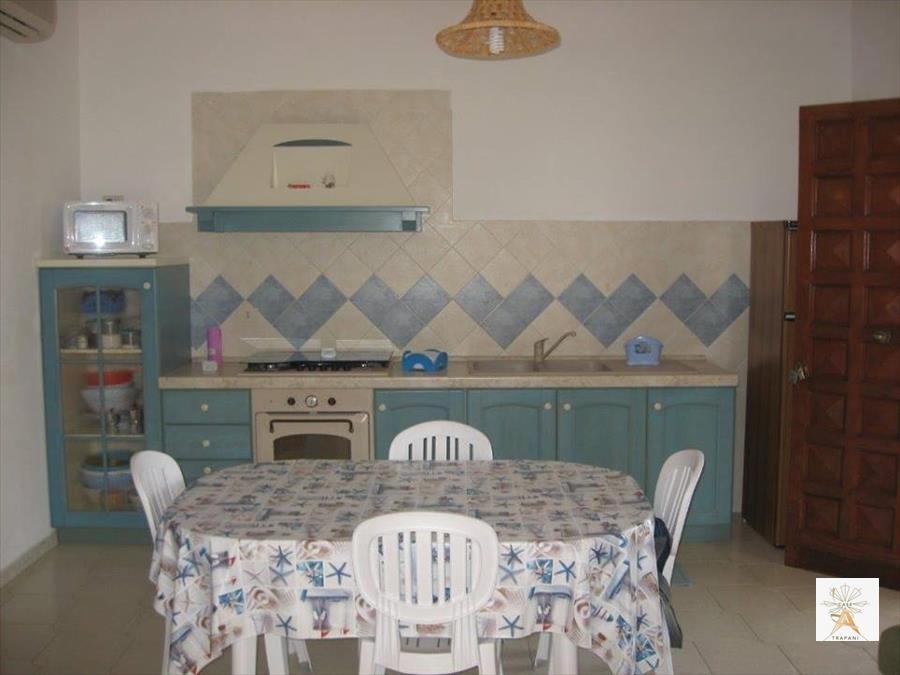 Appartamento in affitto a Valderice, 3 locali, prezzo € 450 | CambioCasa.it