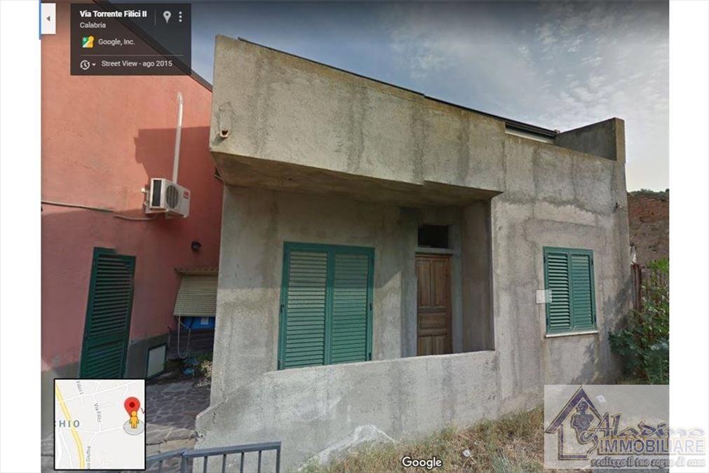 Soluzione Indipendente in vendita a Reggio Calabria, 4 locali, prezzo € 40.000 | CambioCasa.it