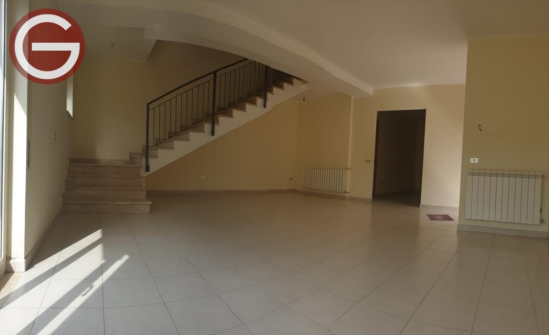 Affitto Villa bifamiliare Taurianova
