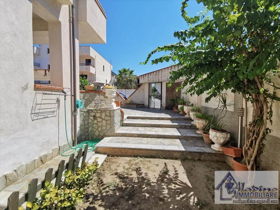 Villa o villino Reggio di Calabria 379