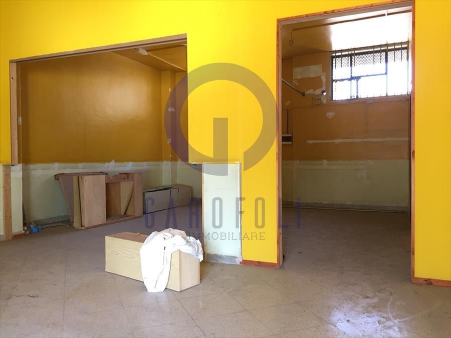 Negozio / Locale in vendita a Bisceglie, 2 locali, prezzo € 100.000 | CambioCasa.it