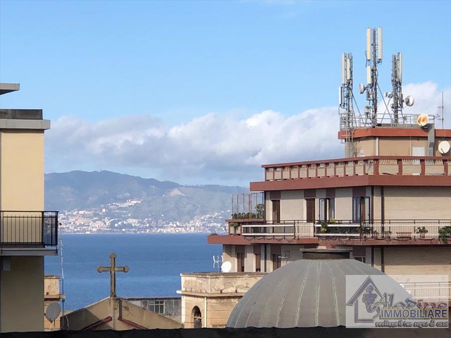 Appartamento in vendita a Reggio Calabria, 3 locali, prezzo € 69.000 | CambioCasa.it