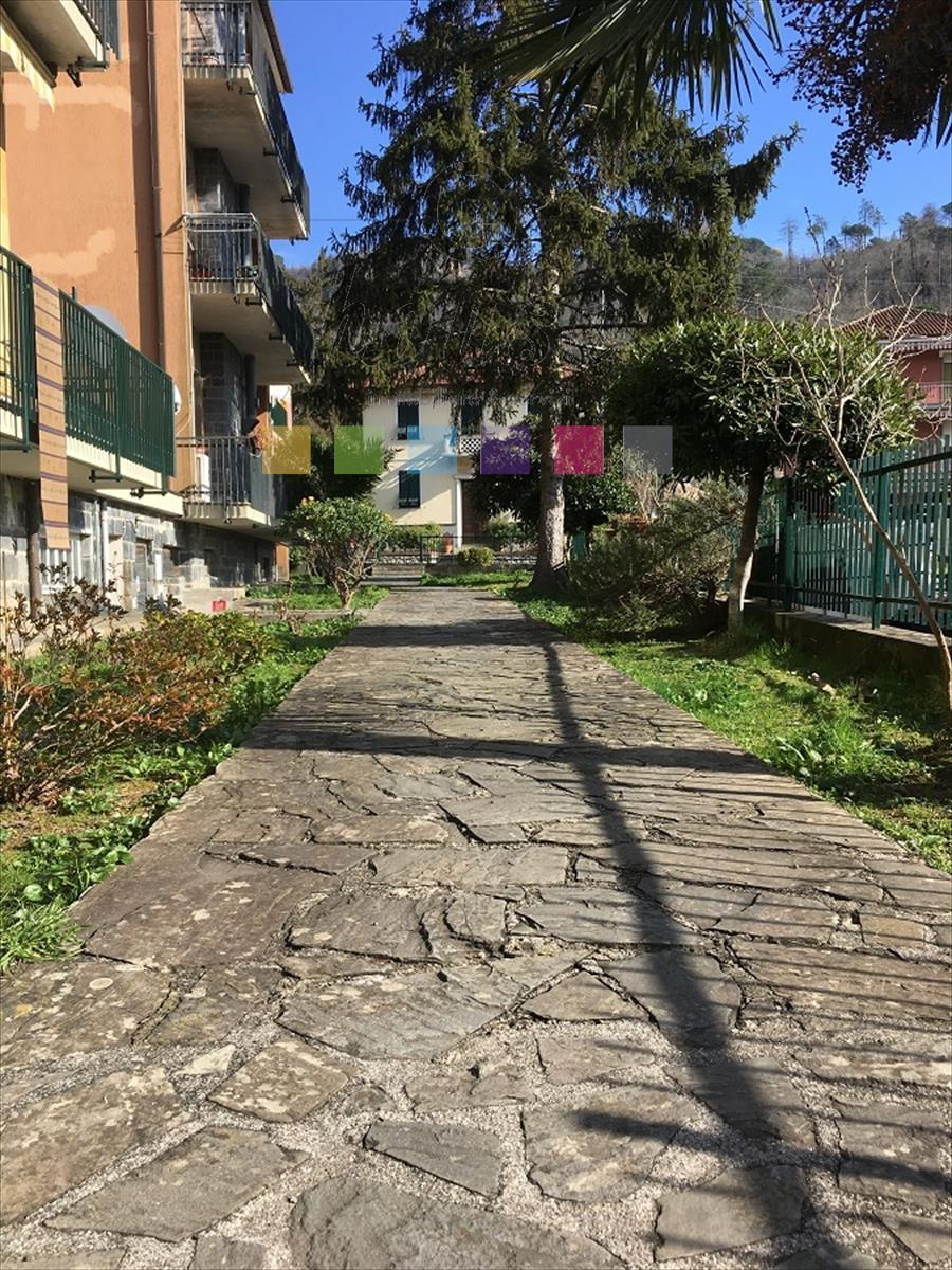 Foto 1 di Appartamento Via Domenico Cuneo, San Colombano Certenoli