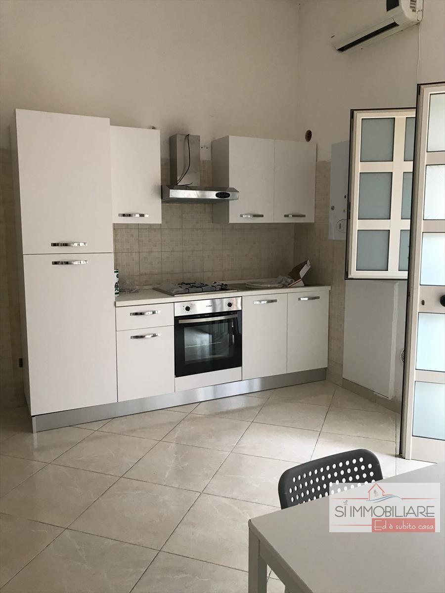 Appartamento in affitto a Montesilvano, 2 locali, prezzo € 370 | CambioCasa.it