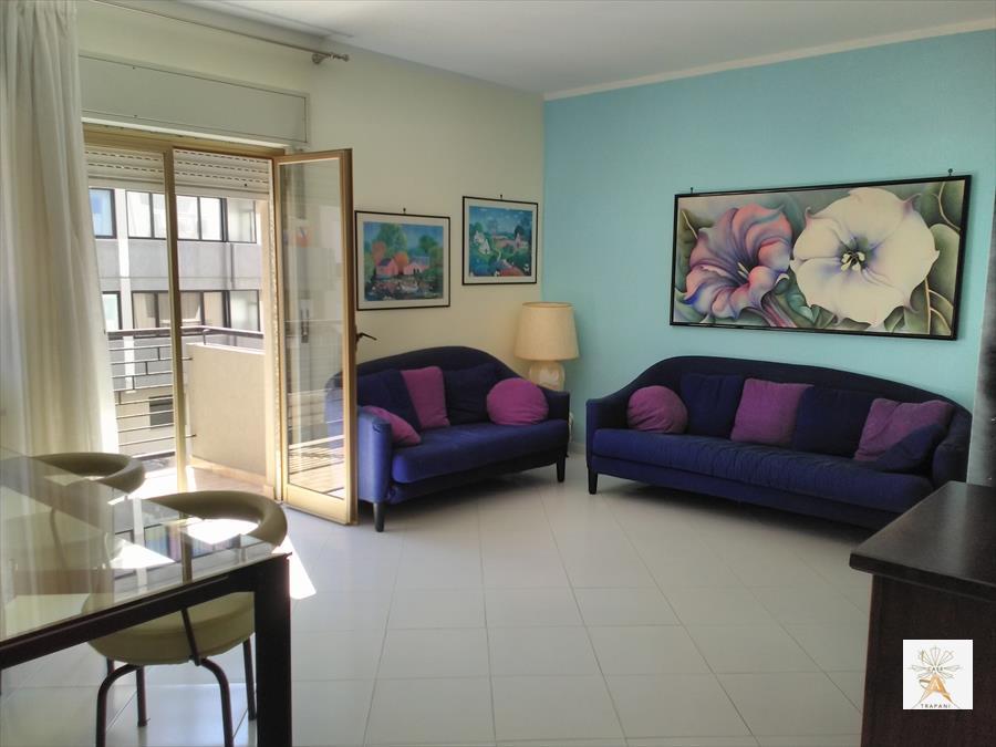 Appartamento in vendita a Trapani, 4 locali, prezzo € 150.000 | CambioCasa.it