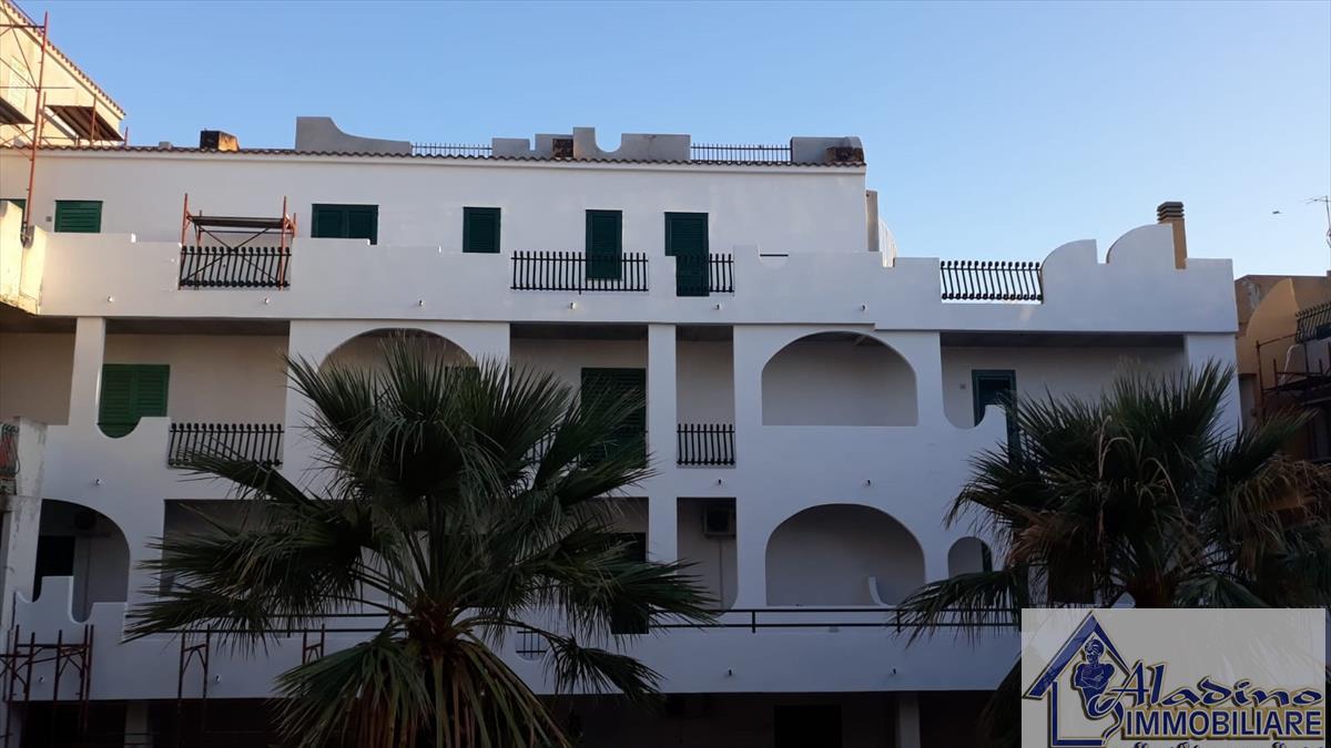Appartamento in vendita a Motta San Giovanni, 2 locali, prezzo € 29.000 | CambioCasa.it