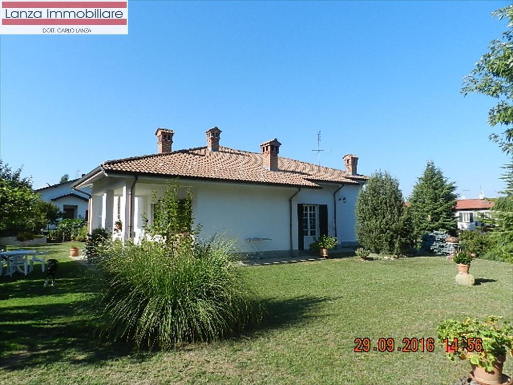 Villa in Vendita a Rocca Grimalda