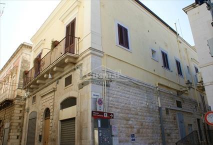 Piazza Catuma - Via Giovanni Bovio